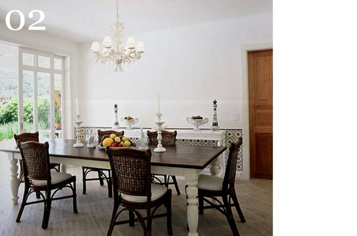 clarisse reade design de interioressala de jantar tons claros madeira pintada de branco tampo imbuia lustre