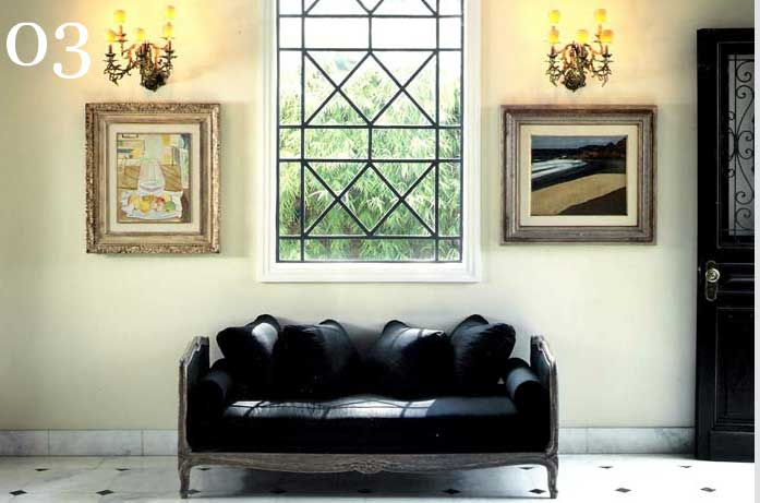 clarisse reade design de interiores sofá preto chaise piso mármore ambiente clássico contemporâneo